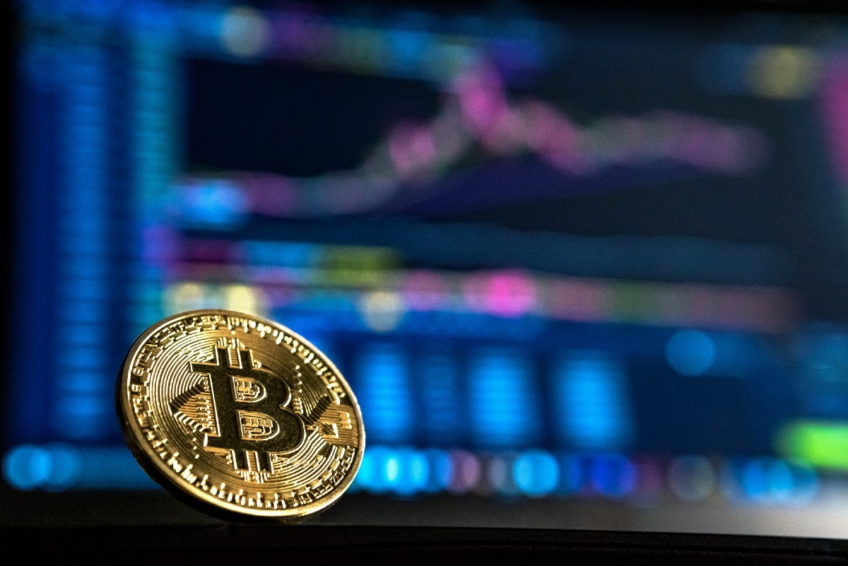 Using Recurrent Neural Networks to Predict Bitcoin (BTC) Prices